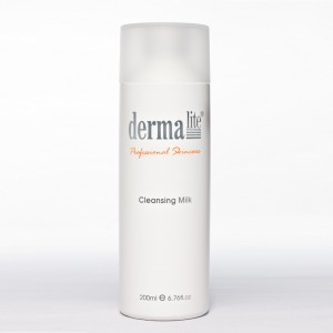 dermalite cleansing milk